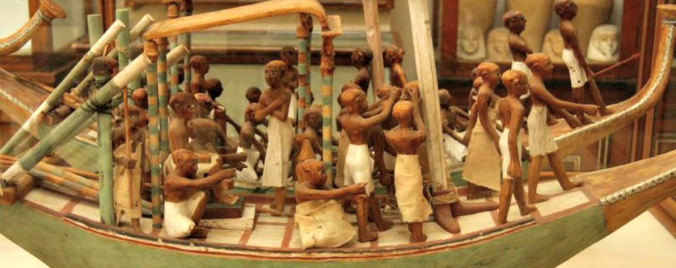 cairo-day-tour-egyptian-museum-boat.jpg